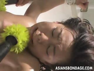 Japanese fucked wits a chubby dildo bondage