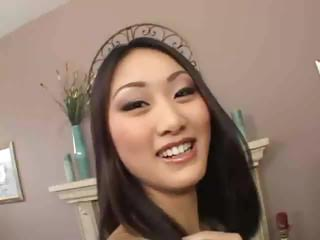 Evelyn Lin Anal