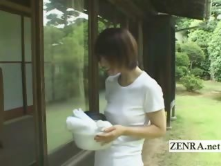 Subtitled outdoors idealized CFNM Japanese penis cleaning