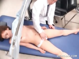 Asian sweetie gets her snatch licked by scatological debase
